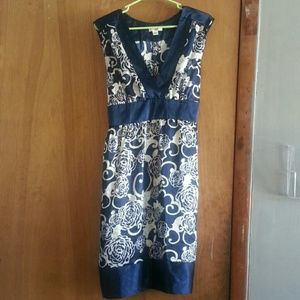 Navy blue/white sleeveless CATO dress